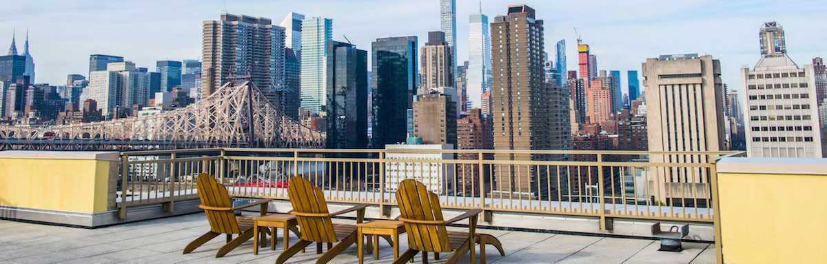 Southtown deck overlooking the Manhattan skyline.