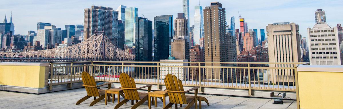 Southtown deck overlooking the Manhattan skyline.